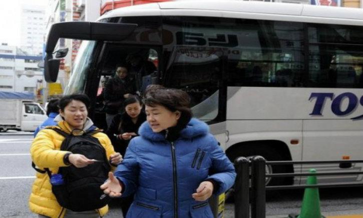 Un car de touristes chinois détroussé près de Roissy