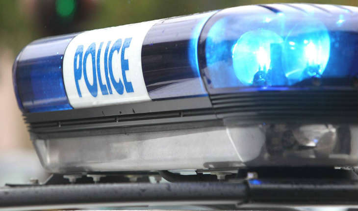 Montréal : Une femme fonce sur deux policiers  et crie «Allah»
