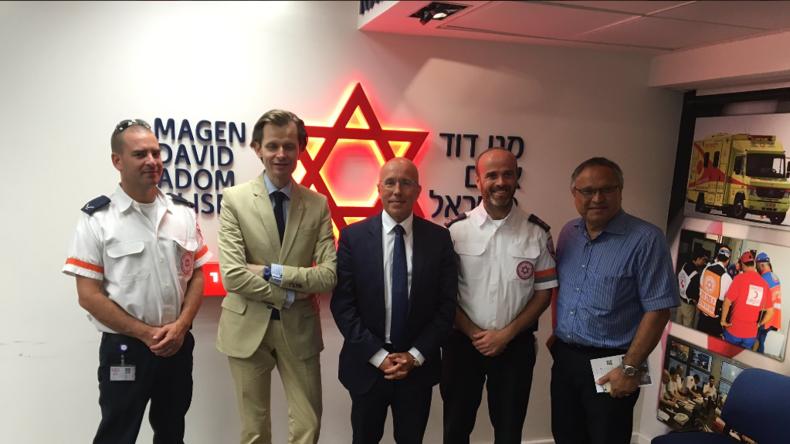Incendies en Israël : Eric Ciotti met à disposition des autorités israéliennes les moyens en sapeurs-pompiers azuréens
