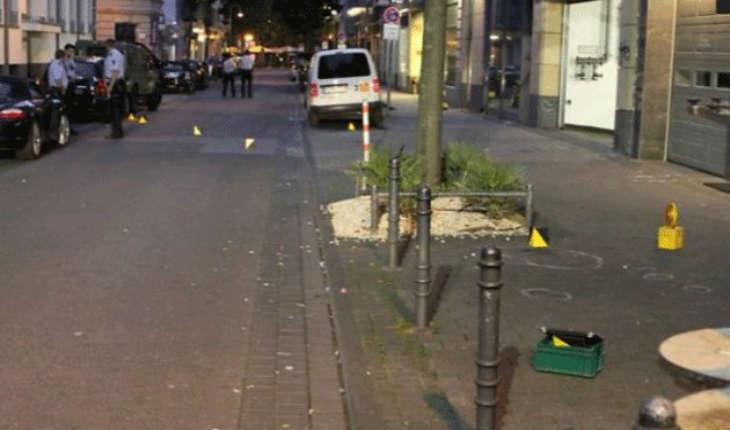 Allemagne : fusillade et attaque à la hache et au couteau à Cologne, deux suspects en fuite