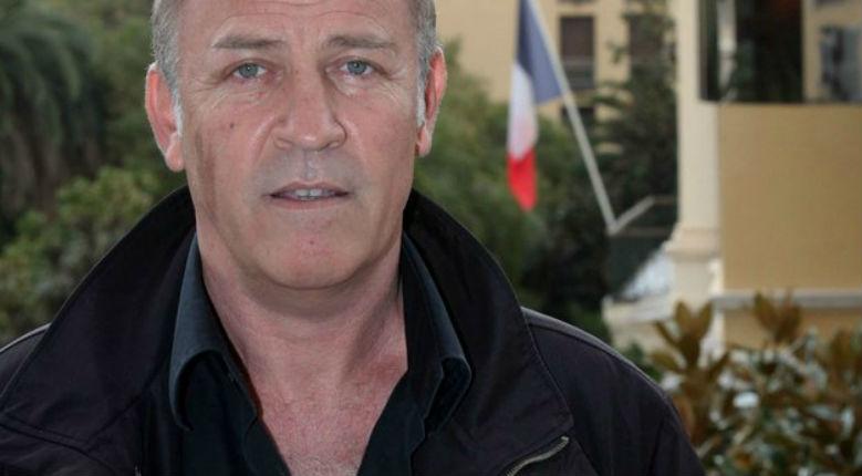 Etrange décès : Le maire corse qui «voulait exclure tous les Maghrébins» s'est tué à moto (avec une arme et 104.000 euros sur lui)