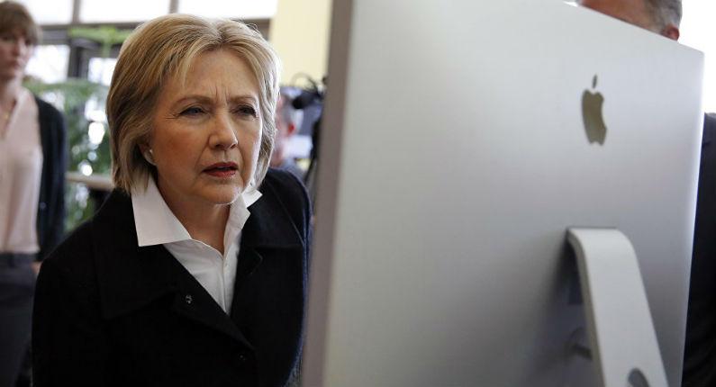 Révélations de WikiLeaks sur les emails de Clinton : Manipulation des médias et de l'opinion publique, Daesh soutenu par l'Arabie saoudite et le Qatar, Clinton payée par les banques, et… les extra-terrestres !