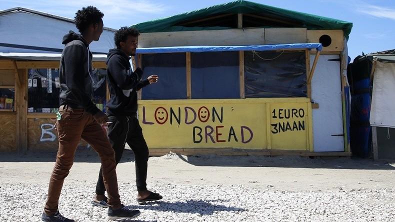 Calais : le tribunal bafoue la loi en rejetant la fermeture des commerces illégaux tenus par des migrants et provoque la colère