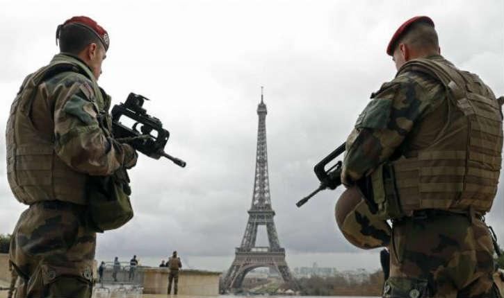 Attaque terroriste : un couple d'ados convertis à l'islam projetait de faire sauter la Tour Eiffel