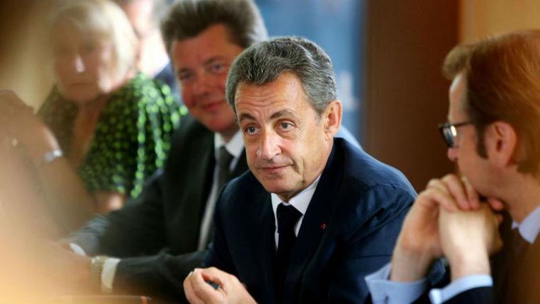 Nicolas Sarkozy veut s'attaquer au regroupement familial et limiter le nombre d'immigrés