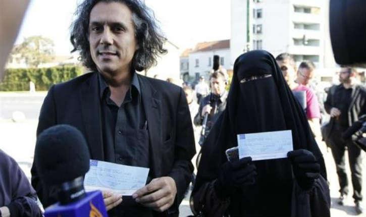 Bernard Cazeneuve en réponse à Rachid Nekkaz, fait adopter au Sénat un amendement empêchant un tiers de payer une amende aux femmes verbalisées portant la burqa