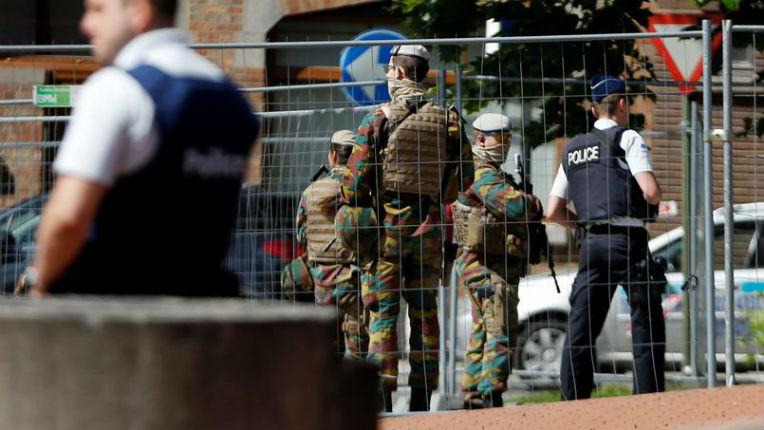 Pour le sénateur belge Alain Destexhe malgré le radicalisme les «faiseurs d'opinion» sont dans le déni, la victimisation et la culpabilisation