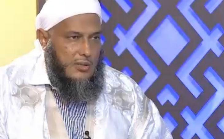 Le cheikh Mohammed Ould Dedew explique comment battre sa femme dans l'islam : «Trois coups avec la main sur le dos»