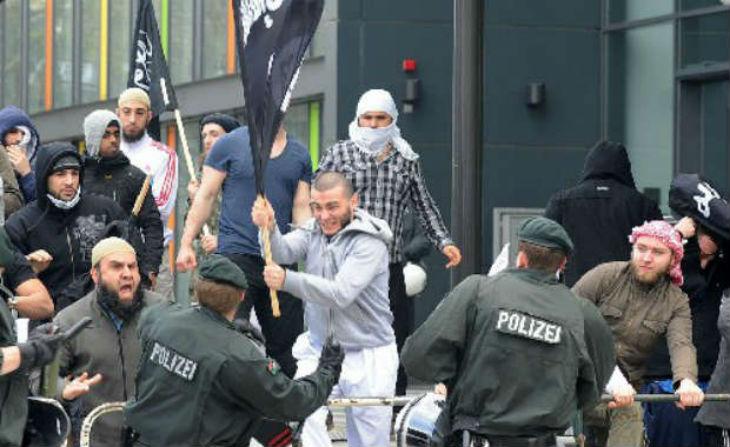 Allemagne : De plus en plus de jeunes musulmans rallient la nébuleuse jihadiste
