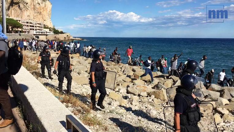 Migrants: Eric Ciotti «En plein Etat d'urgence le gouvernement laisse franchir clandestinement la frontière à 400 migrants à Menton»
