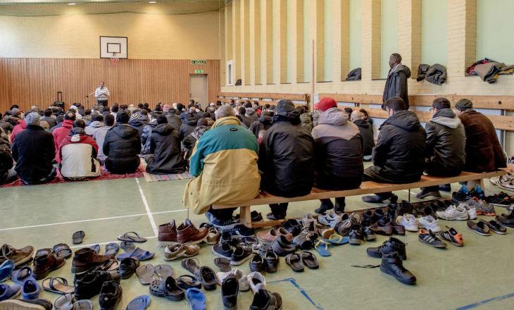 Alpes du sud : Les habitants d'un village refusent d'accueillir 100 migrants de Calais et exigent un référendum