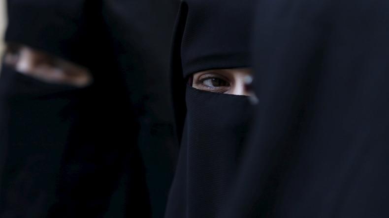Les députés suisses approuvent l'interdiction de la burqa