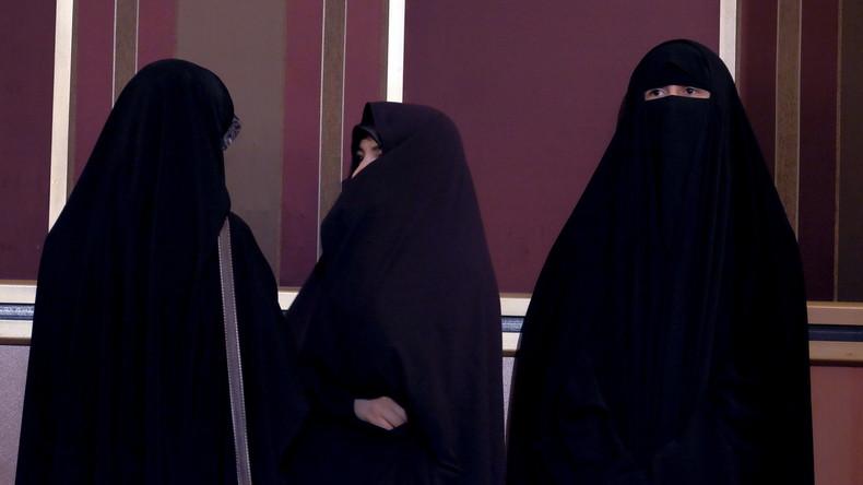 Sermon du vendredi au Qatar : «Les femmes doivent sortir de chez elles le moins possible et toujours voilées, afin de ne pas provoquer de harcèlement sexuel»