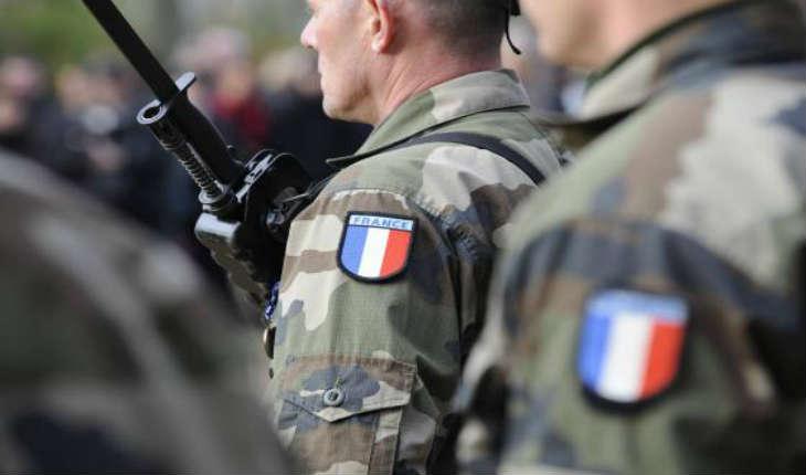 Jean-Pierre Bosser, chef d'état-major de l'armée: Le nouvel ennemi lié au terrorisme djihadiste «a étudié dans nos écoles avec nos enfants. Demain il aura porté nos uniformes»