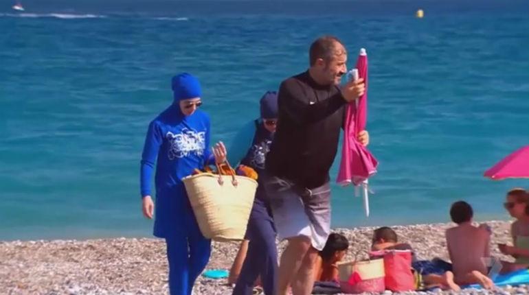 Femme en burkini chassée d'une plage de Villeneuve-Loubet : C'était encore un coup monté avec caméraman, personne ne lui a demandé de partir