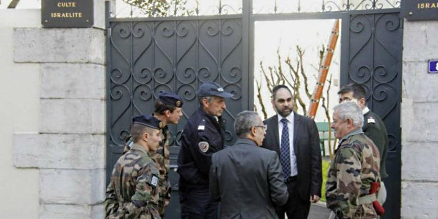 Alerte attentat à Marseille : deux bonbonnes de gaz retrouvées près d'une synagogue dans une voiture. Intervention des démineurs