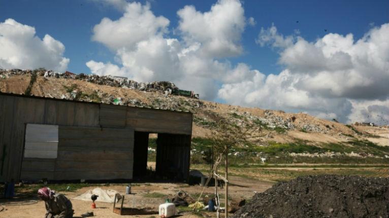 Israël: la police découvre un deuxième homme enchaîné depuis 1 an dans un cabanon insalubre en raison de «troubles mentaux» dans un village de Bédouins
