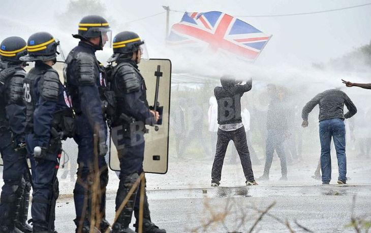 Brexit : Le gouvernement britannique prône des mesures radicales contre l'immigration