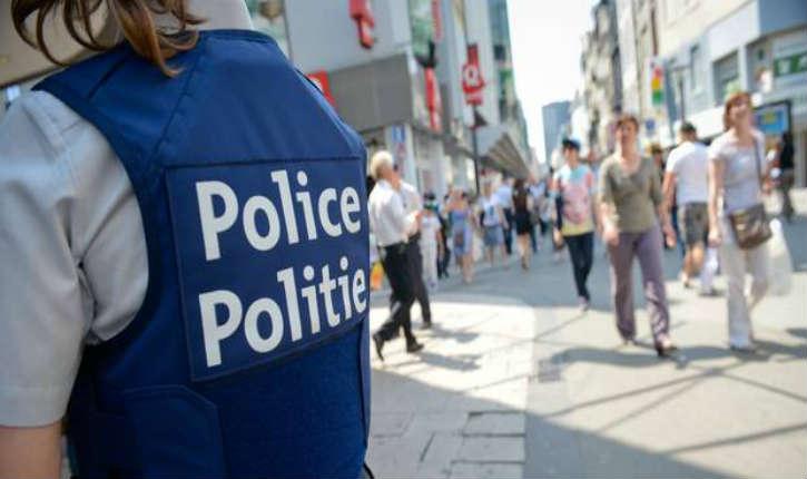 Vol à l'étalage à Anvers : des policiers ont été agressés par deux jeunes femmes, 2 jours d'incapacité de travail