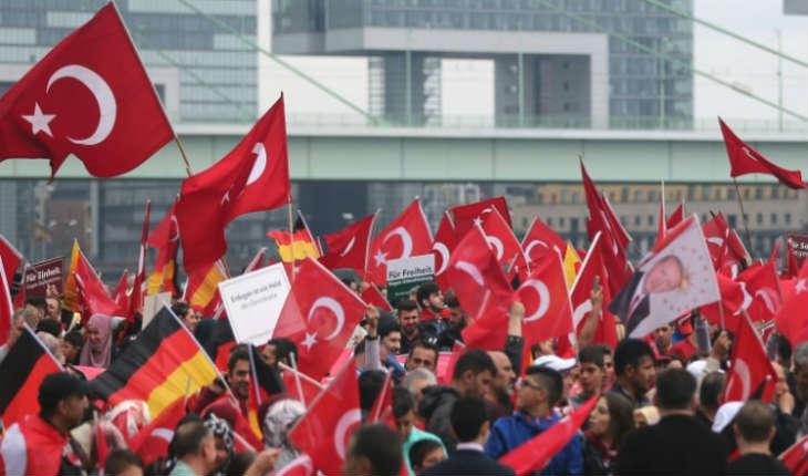 En Allemagne, les opposants d'Erdogan vivent dans la crainte