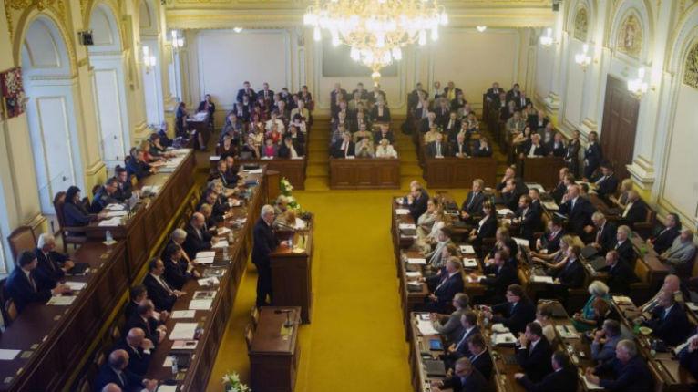 HISTORIQUE: le parlement tchèque reconnaît Jérusalem comme capitale d'Israël!
