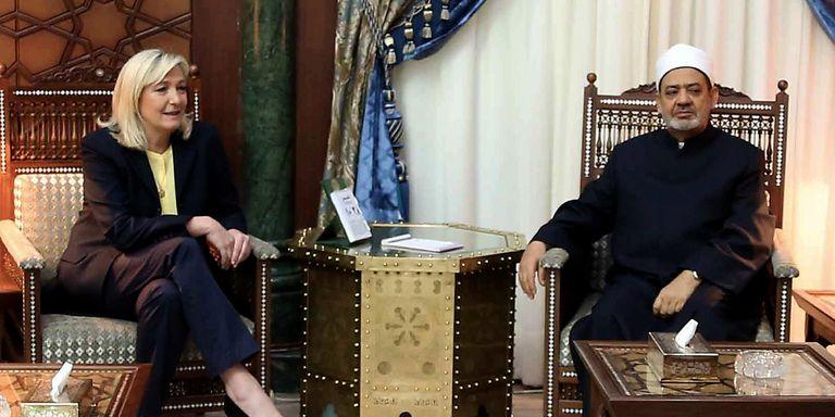 En quête de finances pour 2017, le FN fait les yeux doux aux Émirats arabes unis