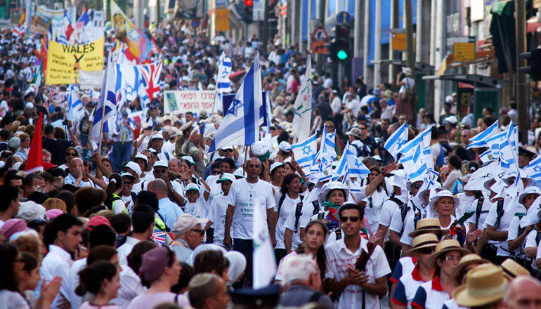 Des dizaines de milliers de Juifs et de Chrétiens participent à la Marche de Jérusalem
