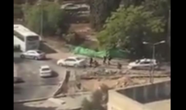 [Vidéo] Jérusalem: la vidéo amateur de l'agression des soldats israéliens par des jihadistes arabo-palestiniens