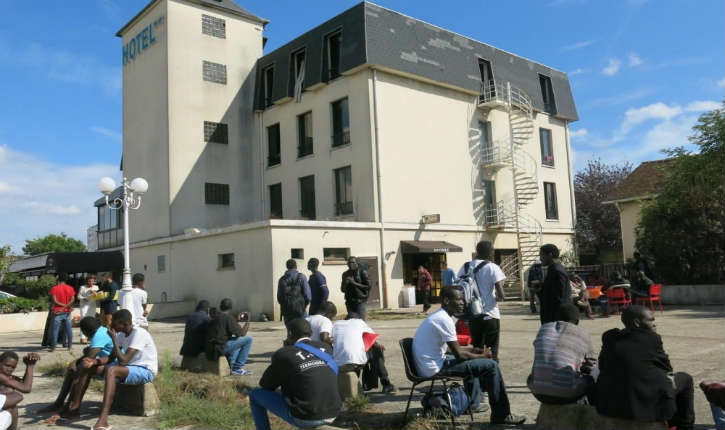 Nantes (44) : les migrants occupent les 3/4 de certains hôtels