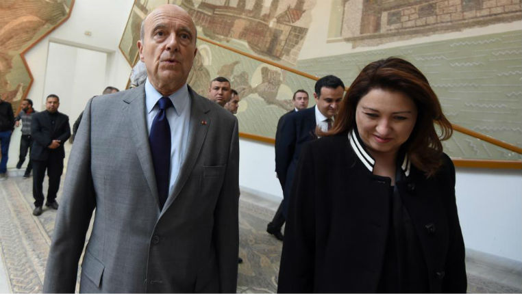 Primaire à droite : Alain Juppé cherche à séduire les binationaux et l'électorat musulman jusqu'en Algérie et en Tunisie