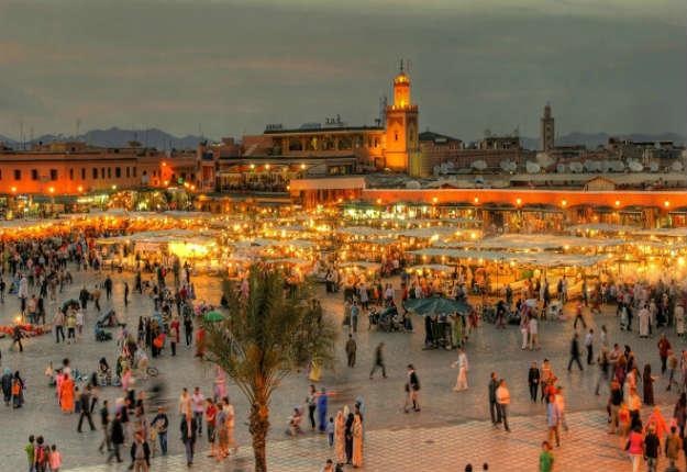 Maroc: deux jeunes filles «Surprises en train de s'embrasser» ont été arrêtées à Marrakech