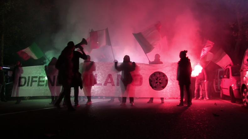[Vidéo] «Défendez Milan !» : les Italiens manifestent contre l'accueil des réfugiés