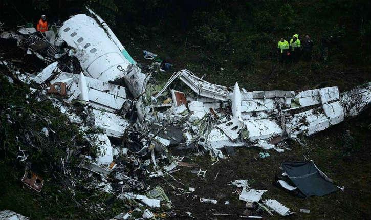 Crash aérien en Colombie: l'Autorité de l'aviation civile colombienne annonce une panne de carburant