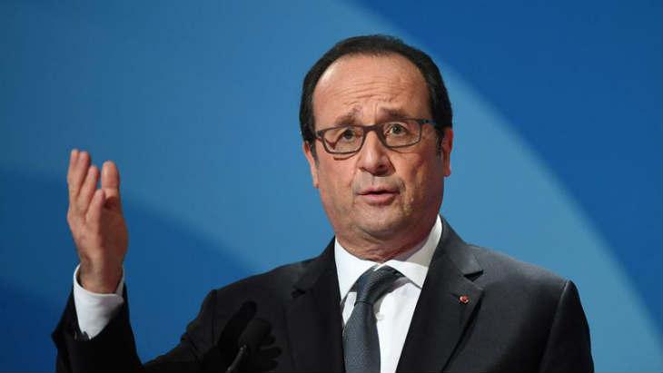 Hollande propose d'organiser une rencontre Nétanyahou-Abbas à Paris