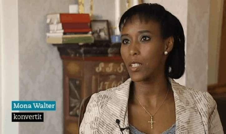 [Vidéo]Suède: Mona Walter, réfugiée somalienne, ex-musulmane convertie au christianisme «C'est en Suède que j'ai découvert la face cachée de l'islam.»