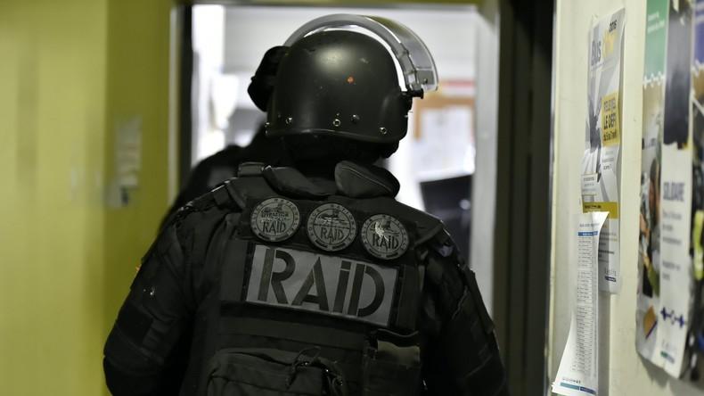 Rennes : Un forcené se réfugie sur le toit de l'hôpital psychiatrique après avoir menacé les gendarmes au cri d' « Allah Akbar », le Raid intervient