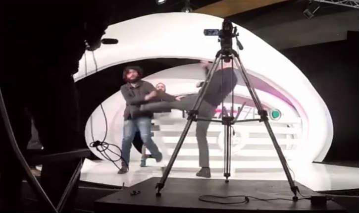 [Vidéo] Alain Soral perd son self-control face aux propos de Daniel Conversano «On en a marre des Arabes !» sur le plateau de Dieudonné