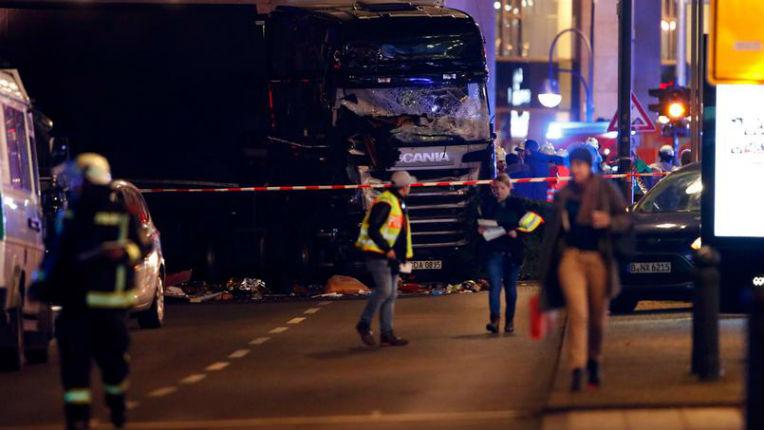 Attentat islamiste au camion à Berlin : au moins 9 morts et 50 blessés. Mais chut ne pas dire qu'il s'agit d'un attentat…