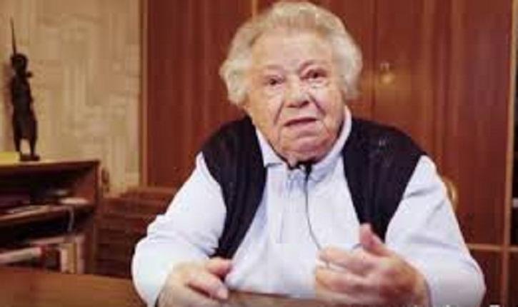 Gilles Lebreton eurodéputé FN accuse «mamy Gertrude» une survivante de l'Holocauste d'avoir fait perdre l'extrême droite autrichienne
