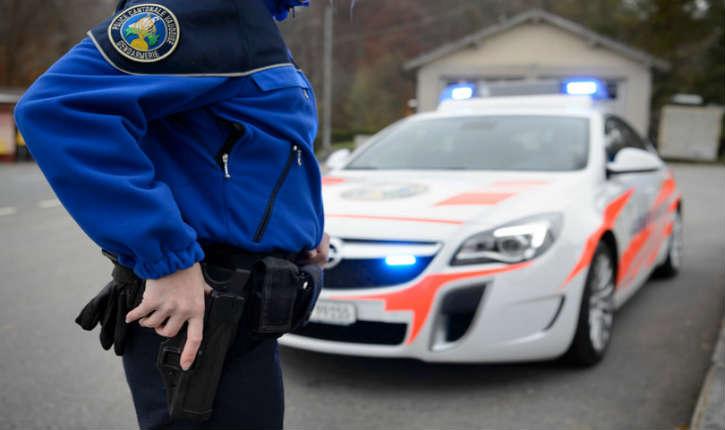 Suisse: Contre la menace terroriste, les polices cantonales s'équipent en fusils d'assaut