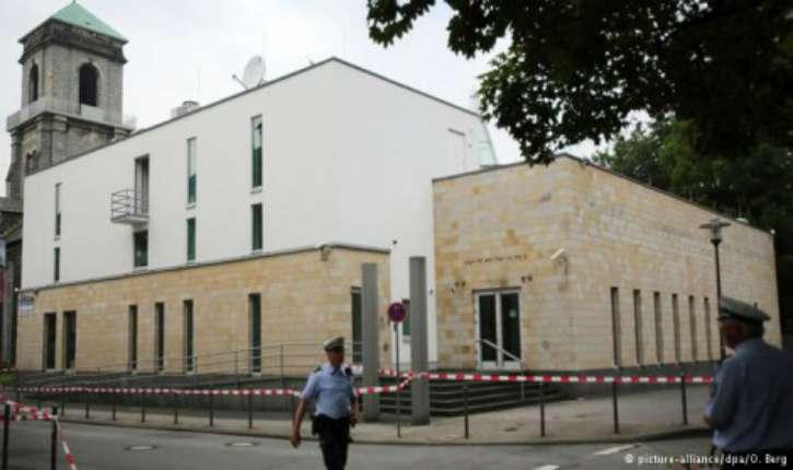 Allemagne : 3 jeunes d'origine palestinienne brûlent une synagogue. « pas un acte antisémite » pour le Tribunal