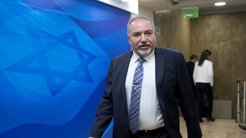 Une Europe «en train de s'effondrer» n'a pas à donner de leçons aux Israéliens, estime Lieberman