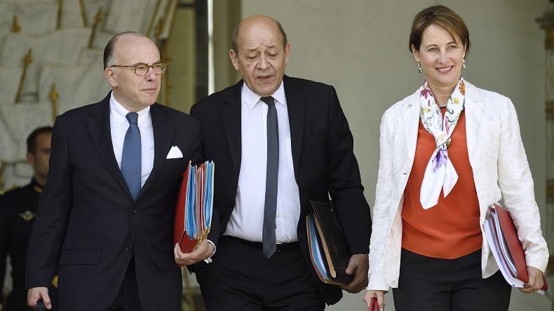 Bernard Cazeneuve, Jean-Yves Le Drian et Ségolène Royal soupçonnés d'irrégularités budgétaires