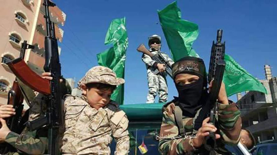 L'endoctrinement des enfants palestiniens à la haine et au djihad, des générations sacrifiées