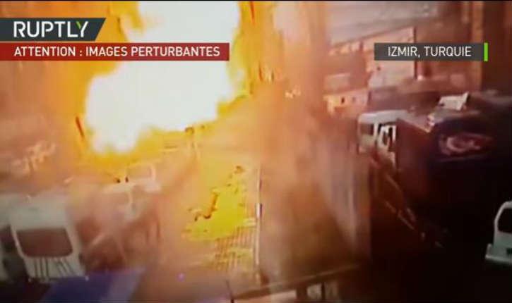 [Vidéo] Turquie: explosion à la voiture piégée dans la ville d'Izmir, deux morts et deux «terroristes» tués