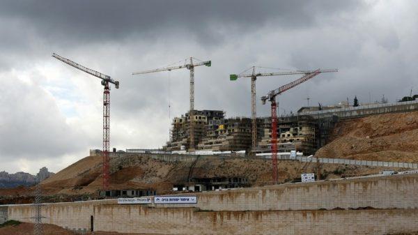 Israël : feu vertà la construction de 566 logements à Jérusalem-Est «les règles du jeu ont changé avec l'arrivée aupouvoir de Donald Trump. Désormais nous pouvons enfin construire».