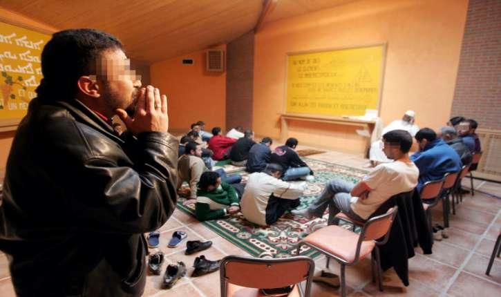 France: plus de 63% des détenus sont de confession musulmane, source Assemblée Nationale