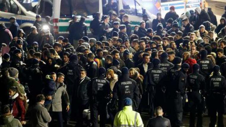 Cologne : nuit de contrôles « au faciès » sur les Nord-Africains pour éviter les agressions sexuelles