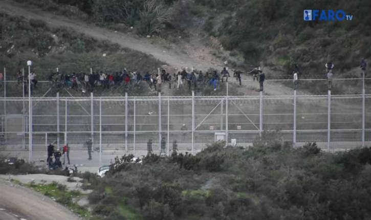 [Vidéo] Espagne : le 1er janvier, un groupe de 1.100 migrants a pris d'assaut l'enclave de Ceuta