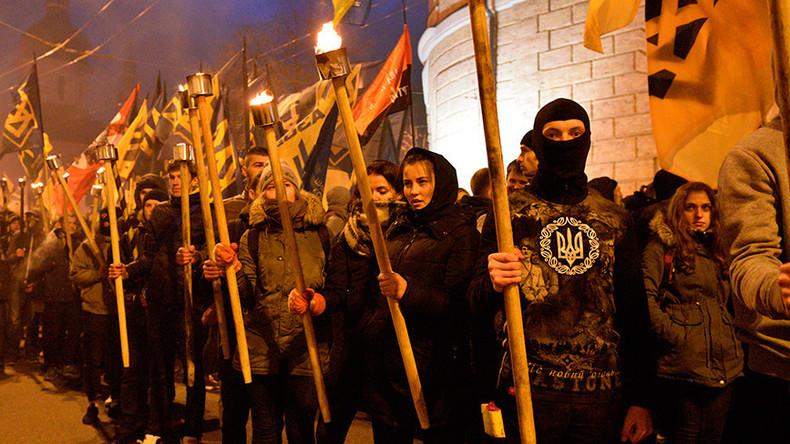 Scandale en Ukraine : Le gouvernement de Kiev veut innocenter les nationalistes complices des nazis qui ont massacré des Juifs